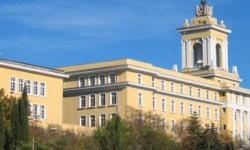 Началниците на военна академия и висшите военни училища – доценти или професори