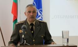 Поздравление към курсантите и студентите от Шуменския военен факултет