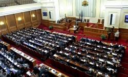 Депутатите не подкрепиха предложението за доброволна наборна военна служба