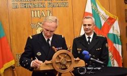 Вицеадмирал Шарл-Анри дьо Ше госува на българските ВМС