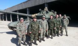 Македонски военнослужещи се подготвят в Сливен за механик-водачи на танкове