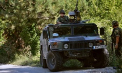 Въоръжените ни сили изпълняват задачите си, но със затруднения и повишен риск