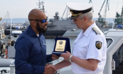 ВМС получиха безвъзмездно четири бързоходни лодки