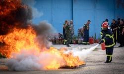 В базата на ВВС в Долна Митрополия обучаваха военни пожарникари