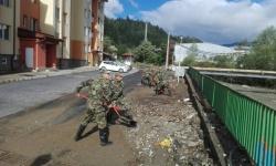 Втори ден Сухопътните войски оказват помощ на населението в Смолян