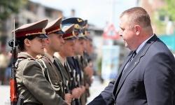"""Випуск """"Ботевски"""" получи първите си офицерски пагони"""