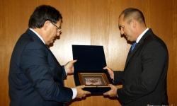 Президентът Румен Радев посети вчера Шумен и се срещна с кмета Любомир Христов