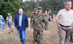 Министър Каракачанов инспектира 68-ма бригада в района на Малко Търново