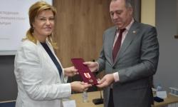 Областният управител на Перник бе удостоен с юбилеен медал