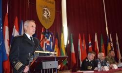 Военноморският ни флот развява флаг на пет морета