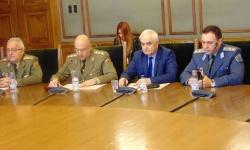 Двама генерали бяха представени в Комисията по отбрана