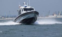 С патрулна лодка ВМС евакуираха болен индонезийски моряк