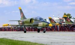 Открит летателен ден на летище Долна Митрополия на 12 април
