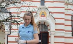 Курсанти чистят зоните край храмовете преди Великден