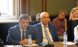 Комисията по отбрана не подкрепя ветото за изтребителите