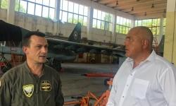 """Бойко Борисов бе в авиобаза """"Безмер"""""""