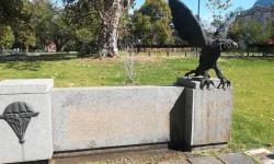 Паметникът на парашутистите в столицата е ремонтиран
