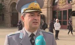 Днес празнува бригаден генерал Юлиян Радойски