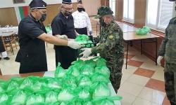 Специалните сили зарадваха нуждаещи се от запасното войнство