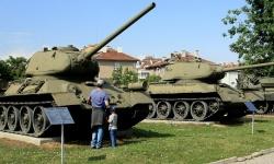 И Военният музей отваря врати