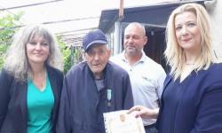 Ветераните от общините |Полски Тръмбеш, Свищов  и Стражица получиха юбилейни медали