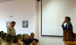 Председателят на Комисията по отбрана  се срещна с курсанти от Морско училище