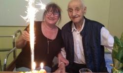 Поздравиха ветеран в Ямбол за 98-я му рожден ден