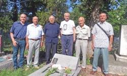 Военните моряци почетоха паметта на Никола Вапцаров
