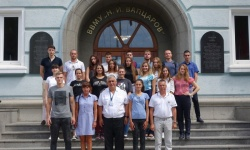 Още 20 младежи ще се обучават за военни лекари