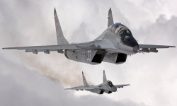 Военни пилоти искат извинение от премиера