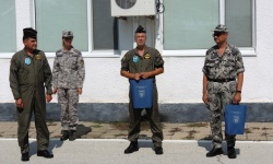 Двама отлични офицери от ВВС преминаха в резерва. Да им благодрим за достойната служба!