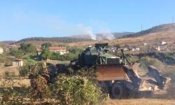 Военнослужещи от Сухопътните войски помагат в гасенето на голям горски пожар в Сливенско