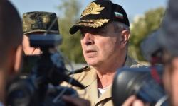 Адмирал Ефтимов към курсантите: Бъдете себе си!