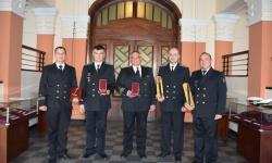 Награди във  ВМС за изпълнение на задачи в помощ на населението и за проявена гражданска доблест