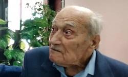 104-годишен ветеран с юбилеен медал