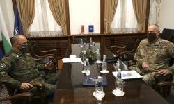 Командирът на щаба на Специалните операции на НАТО генерал-лейтенант Ерик Уенд бе на посещение у нас
