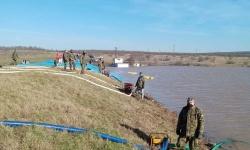 Пети ден  военнослужещите от Втора механизирана бригада помагат на жителите на село Димчево