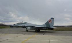Успешни изпитания на самолет МиГ-29 в авиобаза Граф Игнатиево