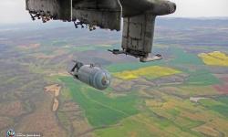 За първи път от 12 години: Бомбопускане от вертолет Ми-24