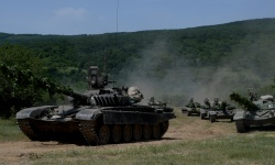 Танковете правят ученията по-мащабни