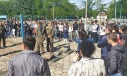 Ученици от седем училища влязоха в района на Специалните сили