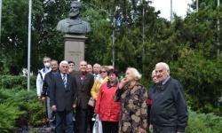 Запасни и резервисти в столицата почетоха Ботев и загиналите за свободата на България