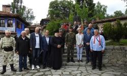 Военнослужещи от СКСО почетоха паметта на Тодор Каблешков в родния му град