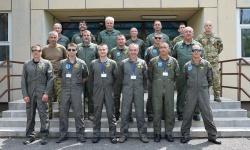 Успешно премината подготовка на тактически симулатор в 86-та вертолетна база – Солнок, Унгария