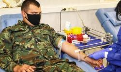 При отпуск за кръводаряване военнослужещият да получава пълното си възнаграждение