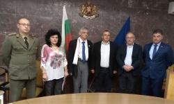 В Областната администрация на Ловеч обсъдиха състоянието на военните паметници
