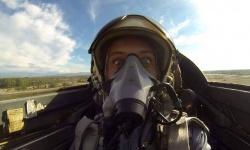 Скоро пилотите ни, които усвояват F-16, ще станат осем